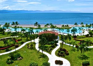 Condominio Bay View Grand frente a la Playa