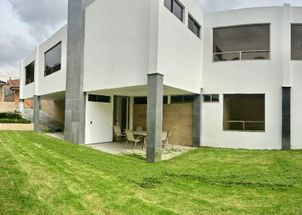 VENDE CASA EN CLUB DE GOLF HACIENDA